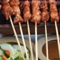 Кухня Бали блюдо шашлычки из ягненка