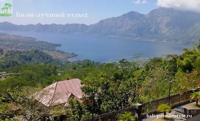 Вид на Батур Бали